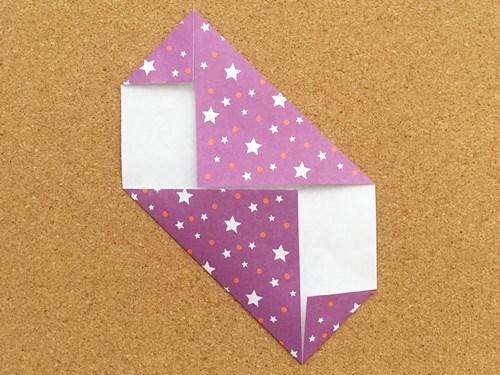 シンプルな手紙の折り方5
