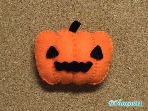フェルトでハロウィン飾りのハロウィンかぼちゃの作り方15