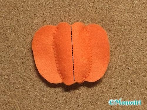 フェルトでハロウィン飾りのハロウィンかぼちゃの作り方8