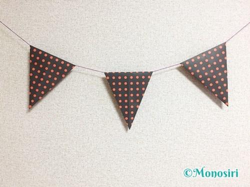 折り紙で作ったハロウィンガーランド飾り