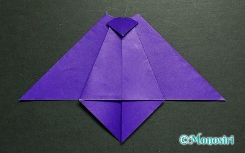 折り紙で作った「こうもり」のハロウィン飾り