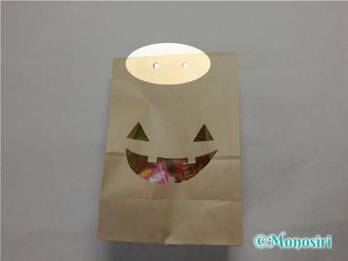 ハロウィンのお菓子のラッピング方法③-7