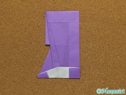 折り紙でアルファベットのRの折り方29