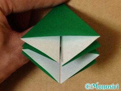 折り紙で立体的なクリスマスツリーの折り方17