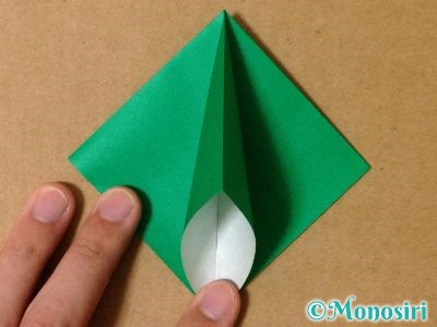 折り紙で立体的なクリスマスツリーの折り方7