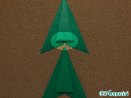 折り紙で簡単なクリスマスツリーの折り方11