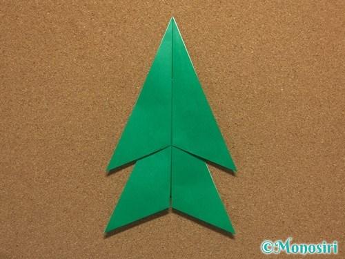 折り紙で簡単なクリスマスツリーの折り方13