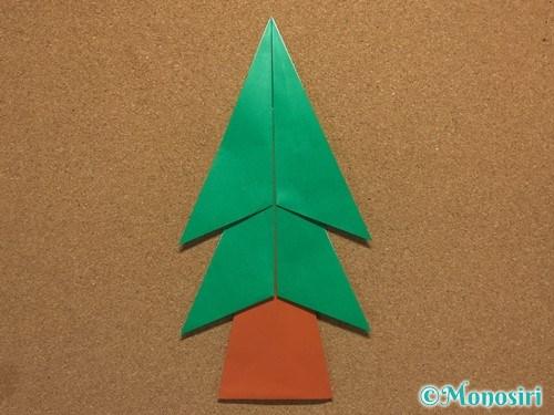 折り紙で簡単なクリスマスツリーの折り方22
