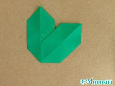 折り紙でポインセチアの折り方7