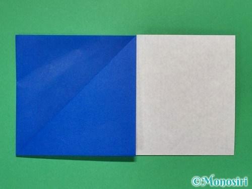 折り紙で簡単な紙飛行機の折り方①6