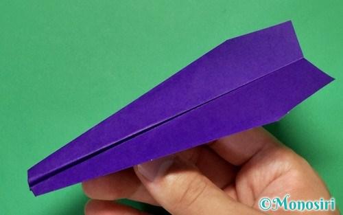 ヤリ飛行機の折り方0