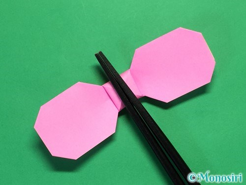 折り紙でリボンの箸置きの折り方28