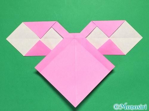 折り紙で立体的なリボンの折り方31