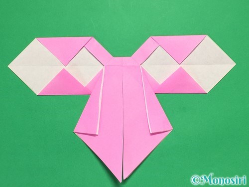 折り紙で立体的なリボンの折り方35