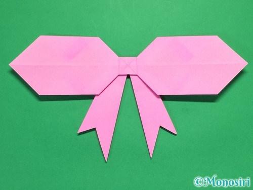 折り紙で立体的なリボンの折り方39