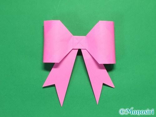 折り紙で立体的なリボンの折り方43