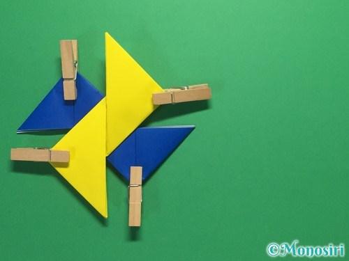 折り紙で簡単な手裏剣の作り方12
