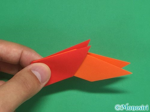 8枚の折り紙で手裏剣の作り方11