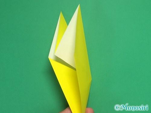 8枚の折り紙で手裏剣の作り方8