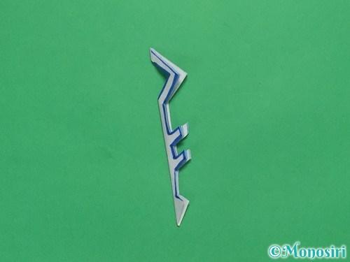 折り紙で雪の結晶の切り方11