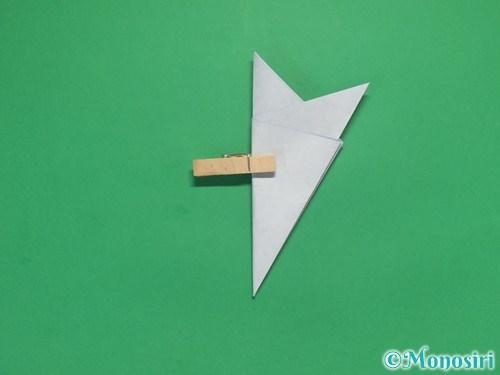 折り紙で雪の結晶の切り方9