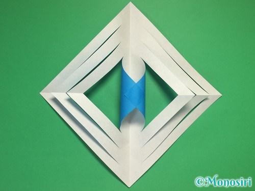 折り紙で立体的な雪の結晶の作り方8