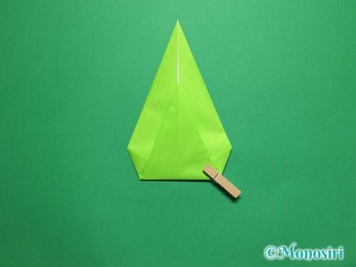 折り紙で簡単なチューリップの折り方手順16