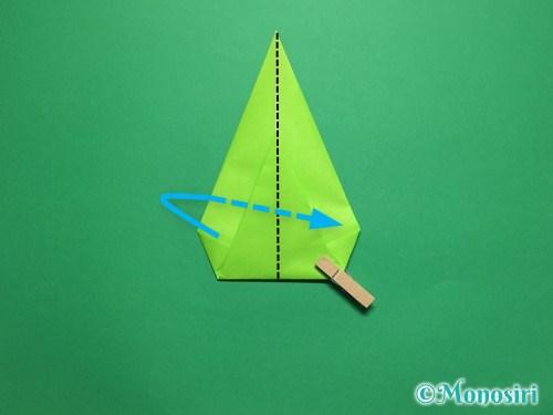 折り紙で簡単なチューリップの折り方手順17