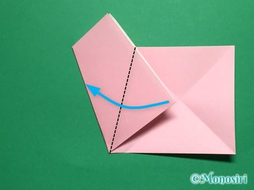 折り紙で立体的な桜の花びらの作り方手順7