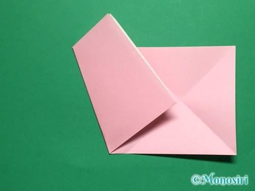 折り紙で立体的な桜の花びらの作り方手順6