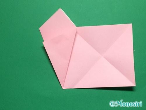 折り紙で立体的な桜の花びらの作り方手順8