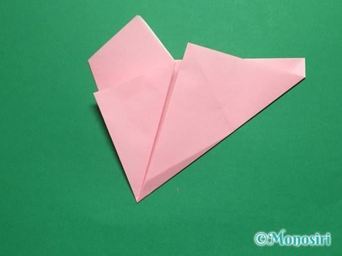 折り紙で立体的な桜の花びらの作り方手順10