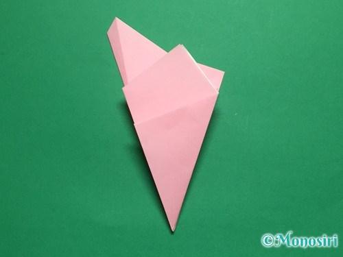 折り紙で立体的な桜の花びらの作り方手順12