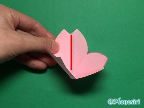 折り紙で立体的な桜の花びらの作り方手順23