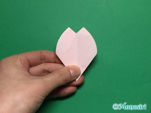 折り紙で立体的な桜の花びらの作り方手順26