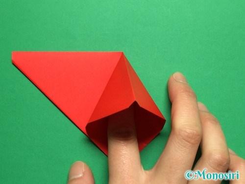 折り紙で立体的なチューリップの折り方手順10
