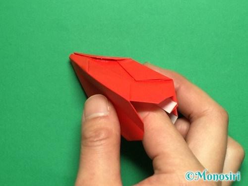 折り紙で立体的なチューリップの折り方手順26