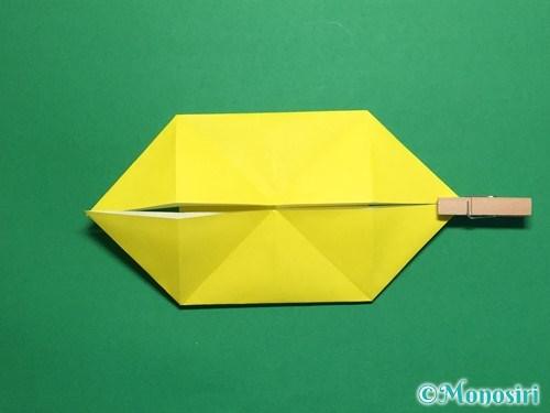 折り紙で蝶(ちょうちょ)の折り方手順17
