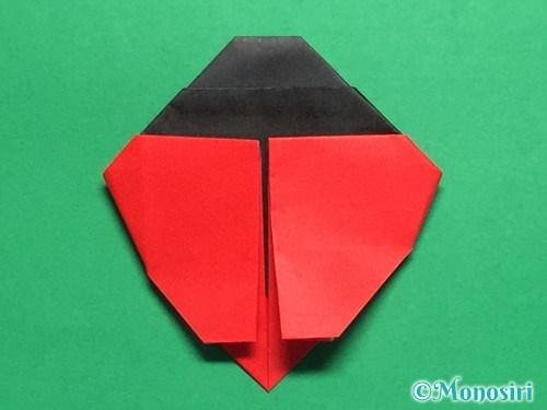 折り紙で立体的なてんとう虫の折り方手順31