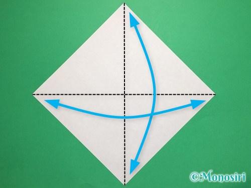 折り紙で桃の花びらの折り方手順1