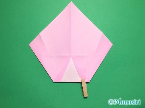 折り紙で桃の花びらの折り方手順9