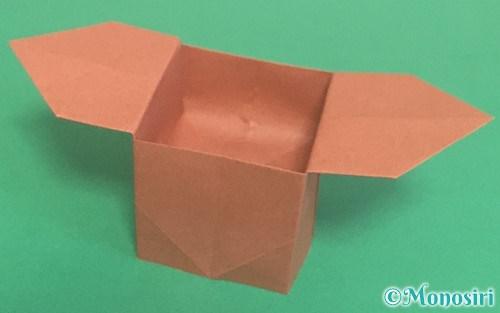 折り紙で折った三方