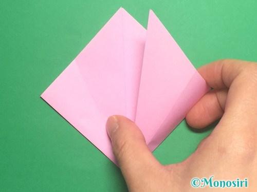 折り紙で立体的な桃の花の作り方手順7