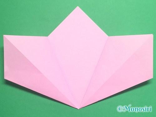 折り紙で立体的な桃の花の作り方手順10