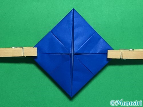 折り紙で回せるコマの作り方手順36