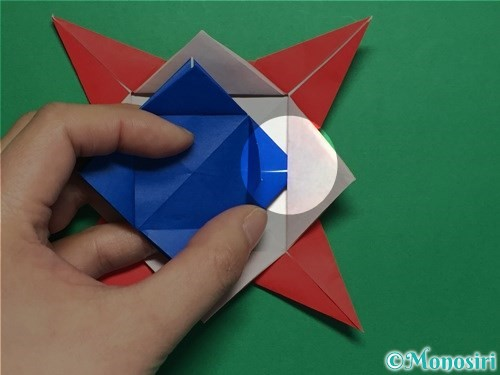 折り紙で回せるコマの作り方手順53
