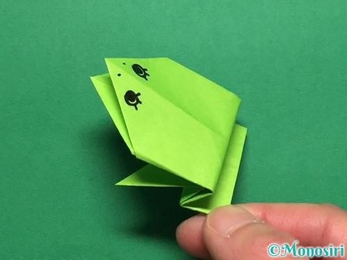 折り紙で簡単なぴょんぴょんカエルの折り方手順22