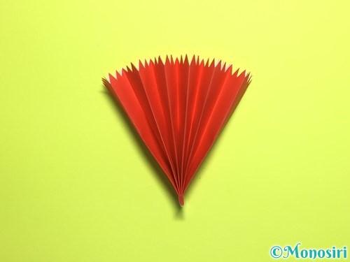 折り紙で立体的なカーネーションの作り方手順14