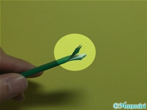 折り紙で立体的なカーネーションの作り方手順21