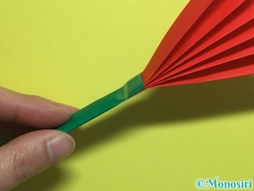 折り紙で立体的なカーネーションの作り方手順23